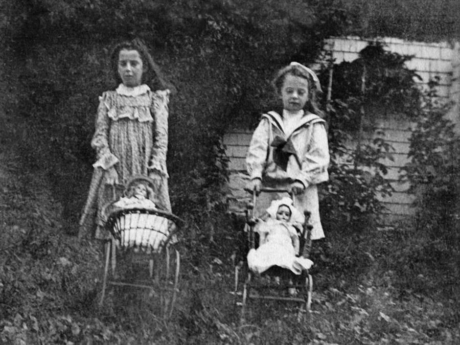 B3 - China dolls, circa 1910