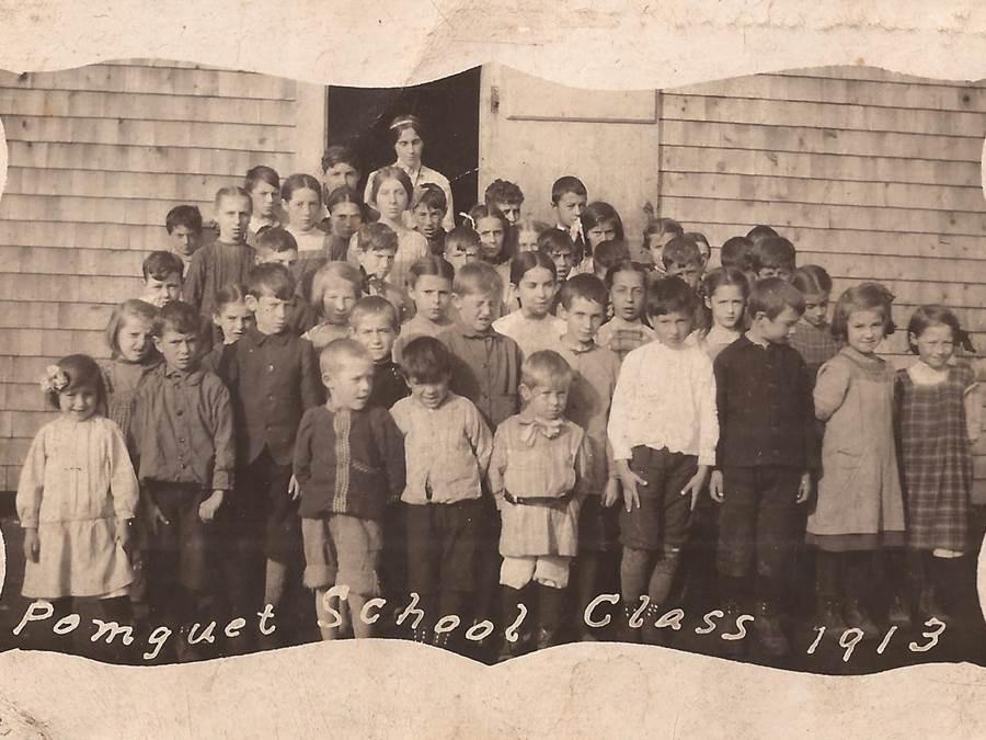 B3 - Pomquet School 1913