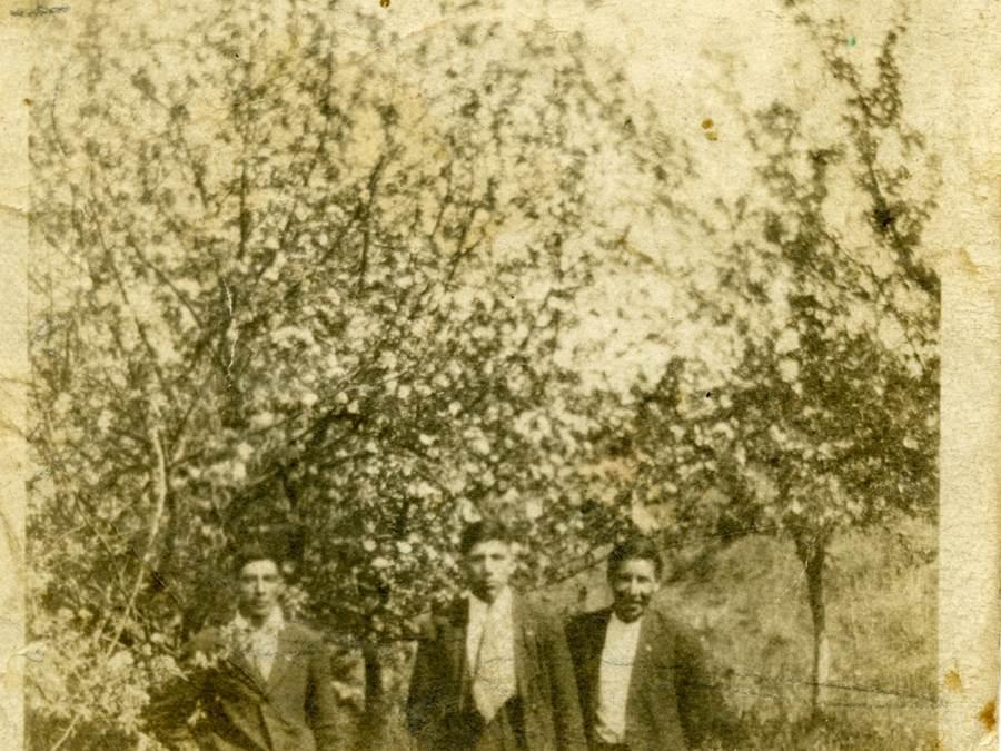B8 - Stephen Marshall, Andrew Marshall, Vincent Gabriel, June 1919