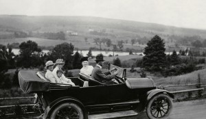 Banner 8 - Fal (fixed edit) family in motor car view of water hills AHM June 19 2014